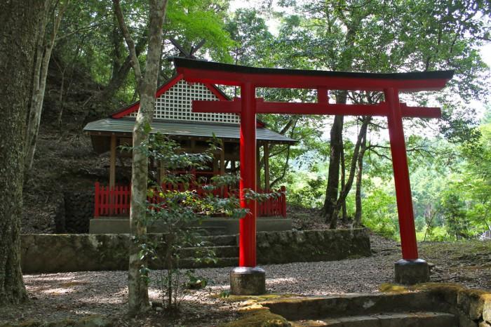 兵生の春日神社